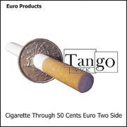 Sigaretta attraverso la moneta 50 cent Euro